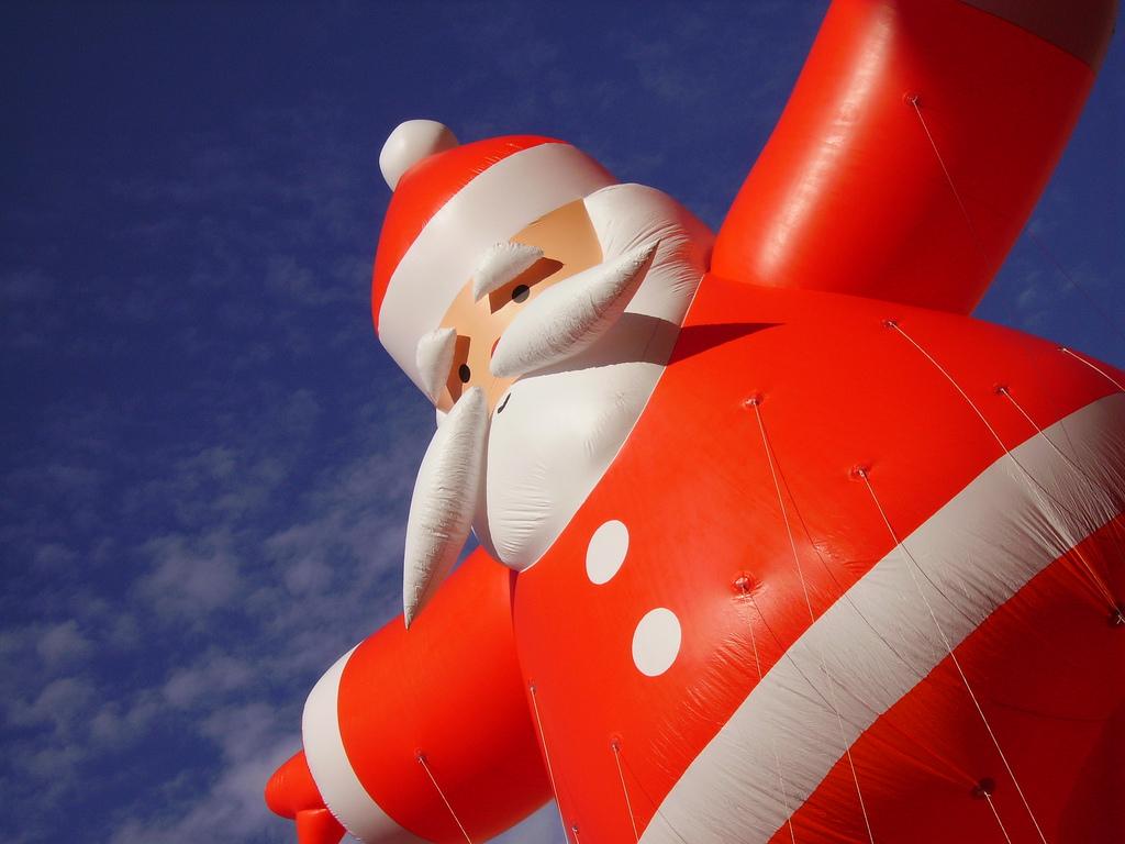 large Santa balloon